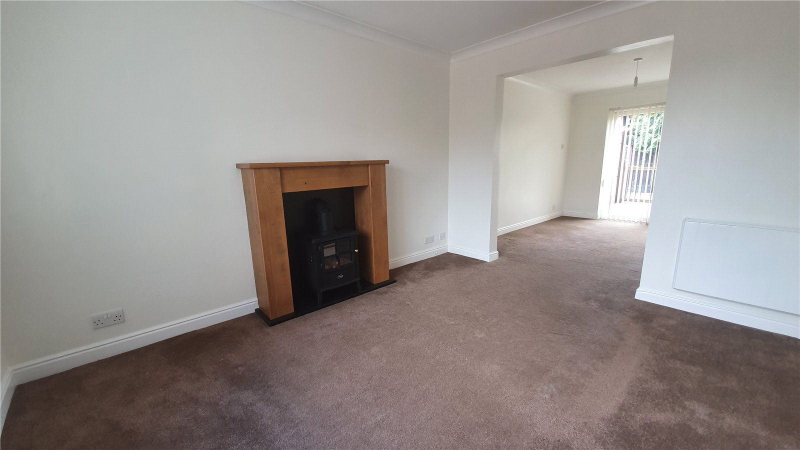 3 bed house for sale in Farm Close, Wyboston 3