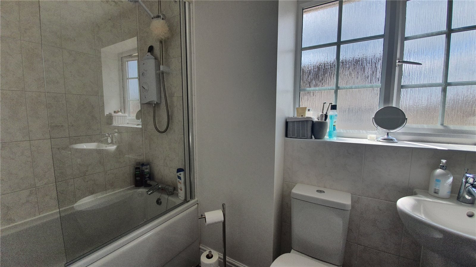 3 bed house for sale in Harvest Drive, St Neots 13