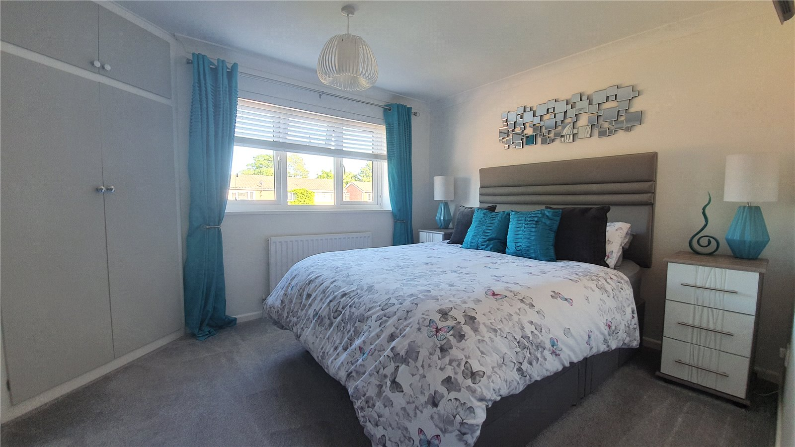 3 bed house for sale in The Sycamores, Little Paxton  - Property Image 5