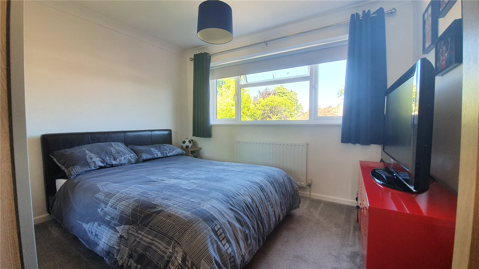 3 bed house for sale in The Sycamores, Little Paxton  - Property Image 11