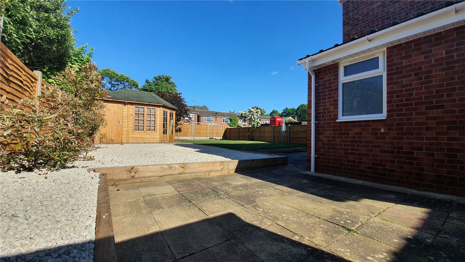 3 bed house for sale in The Sycamores, Little Paxton 6