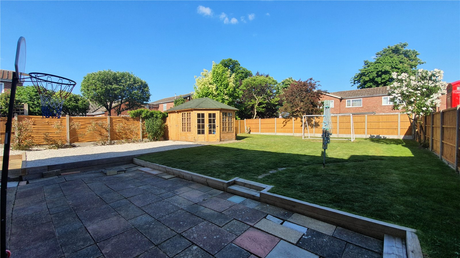 3 bed house for sale in The Sycamores, Little Paxton 13