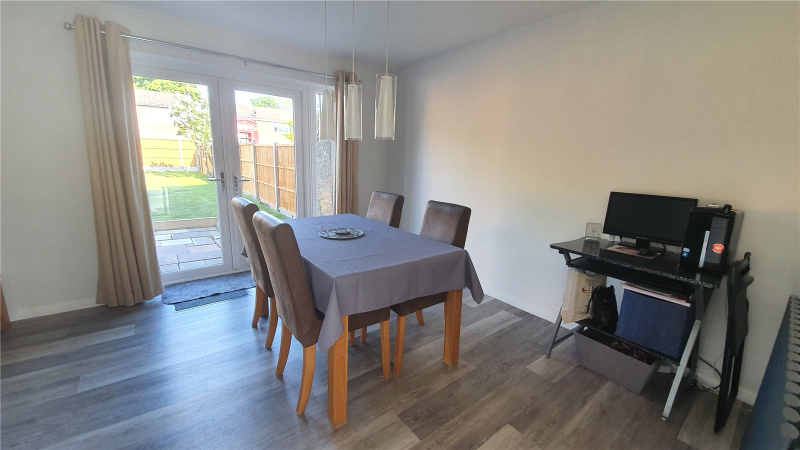 3 bed house for sale in The Sycamores, Little Paxton 4