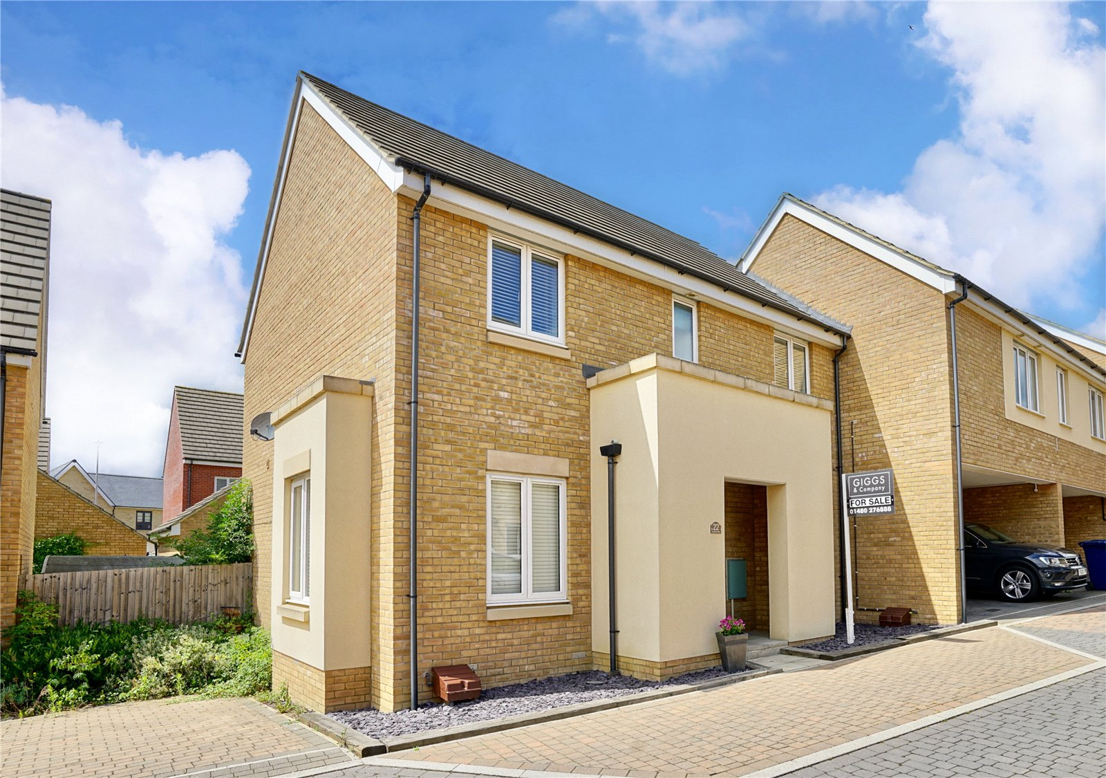 4 bed house for sale in St. Neots, Anderson Close, PE19 6DN  - Property Image 1