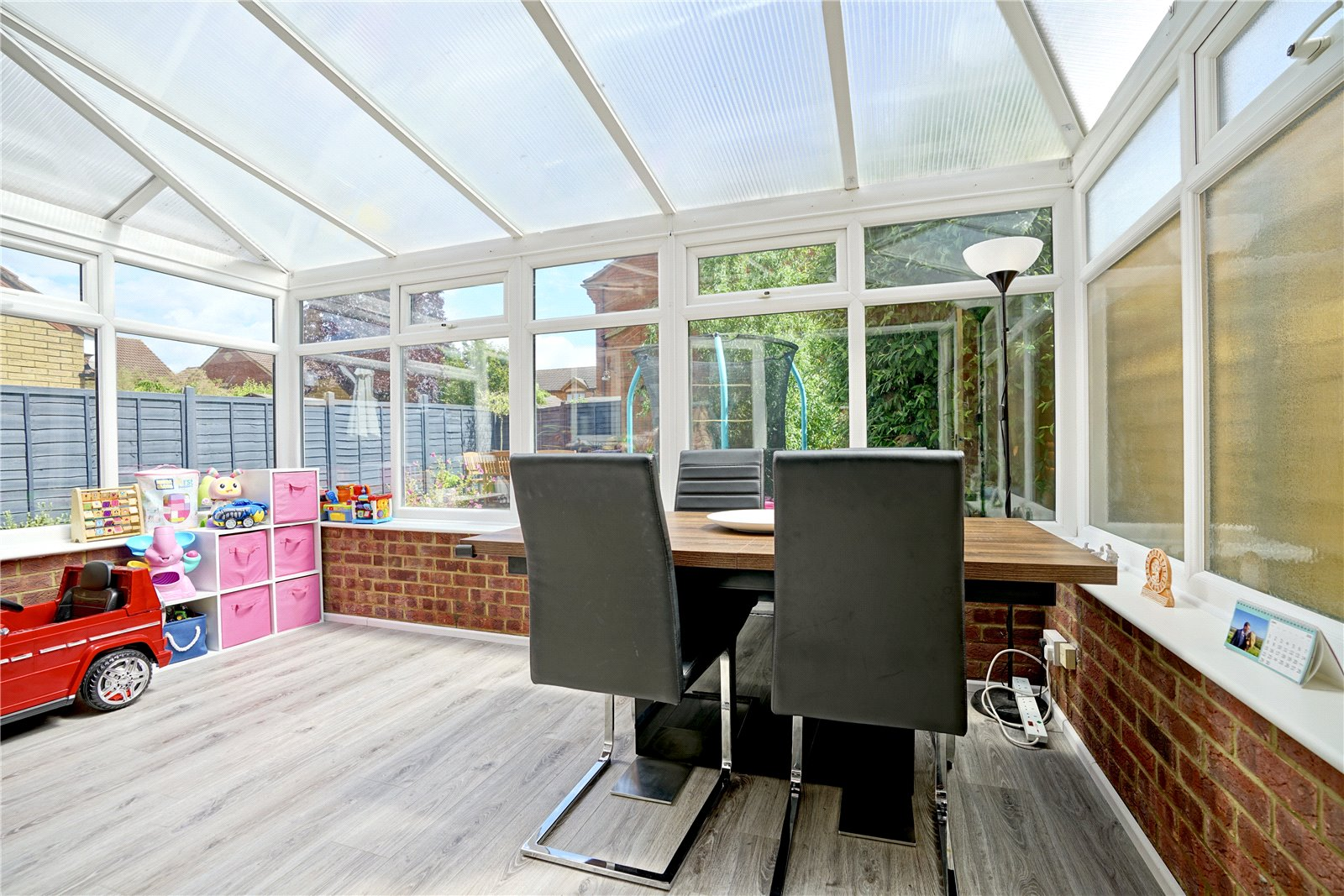 3 bed house for sale in Swift Close, St. Neots  - Property Image 4