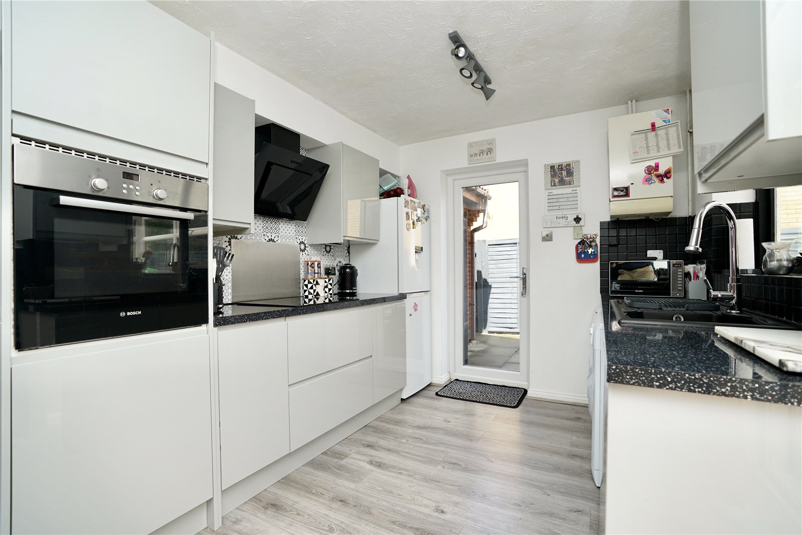 3 bed house for sale in Swift Close, St. Neots  - Property Image 3