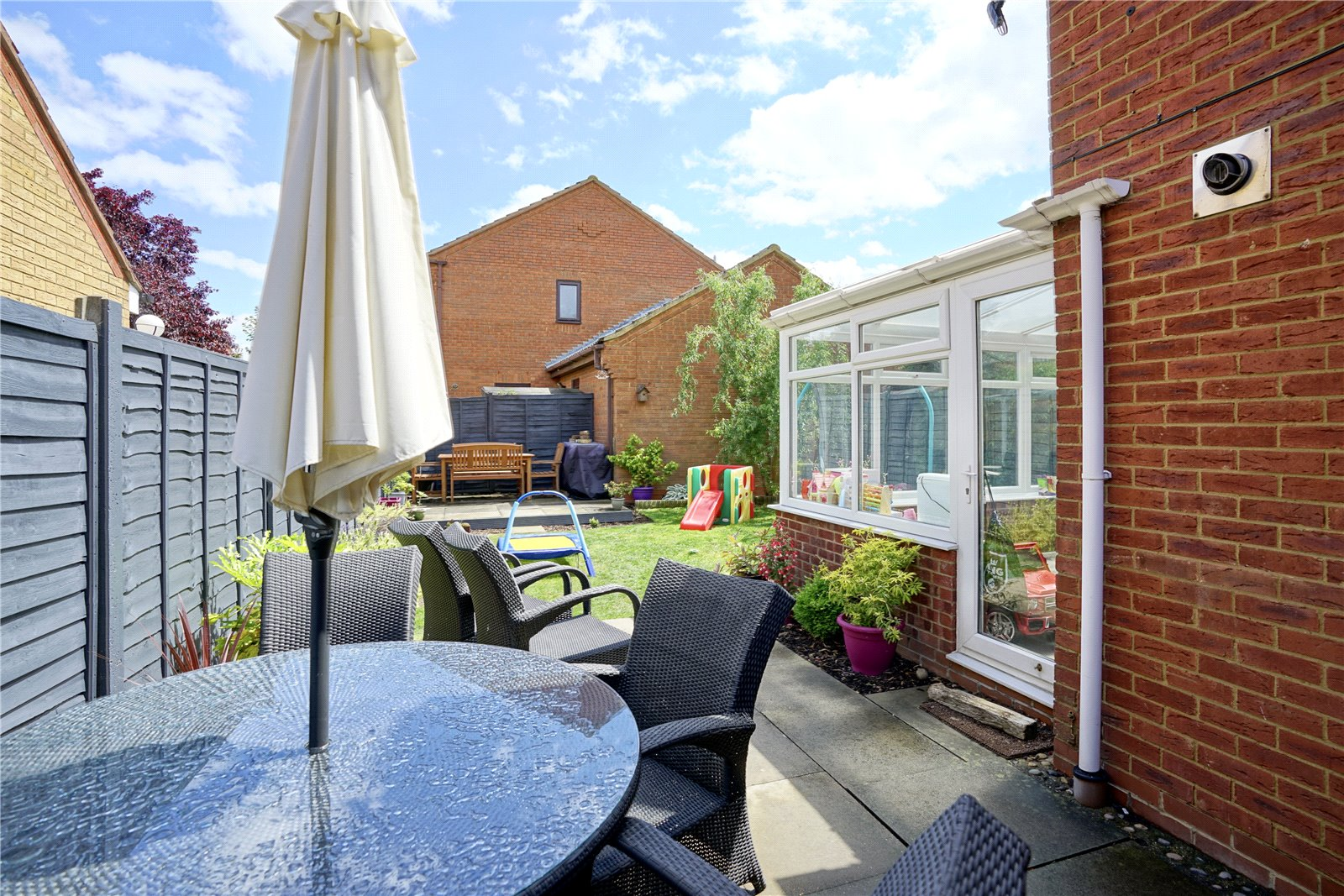 3 bed house for sale in Swift Close, St. Neots  - Property Image 9