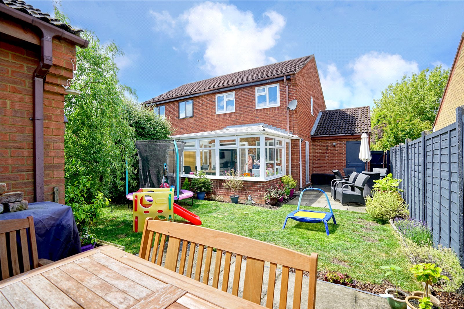 3 bed house for sale in Swift Close, St. Neots 4