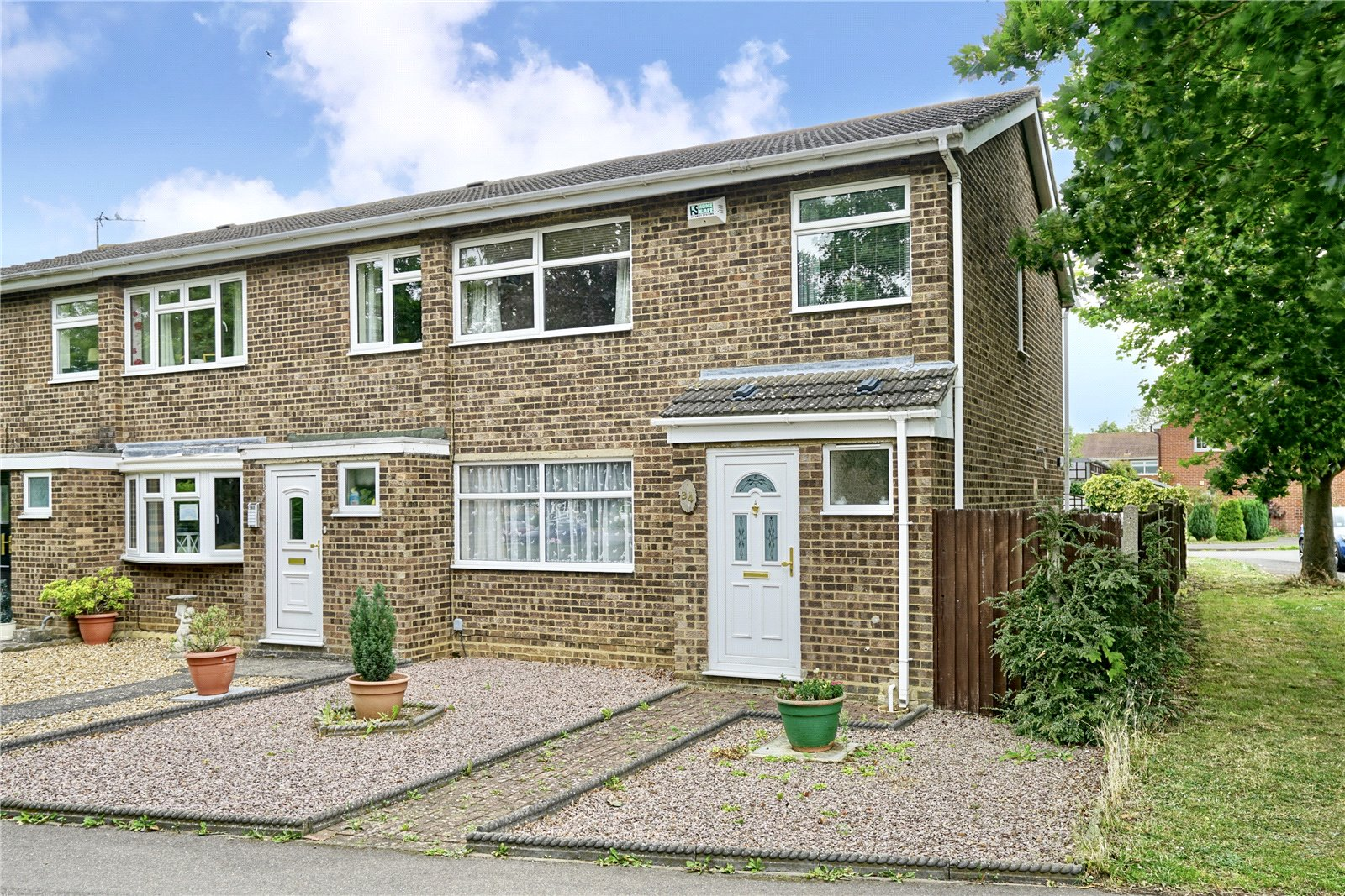 3 bed house for sale in Longfellow Place, Eaton Ford, PE19