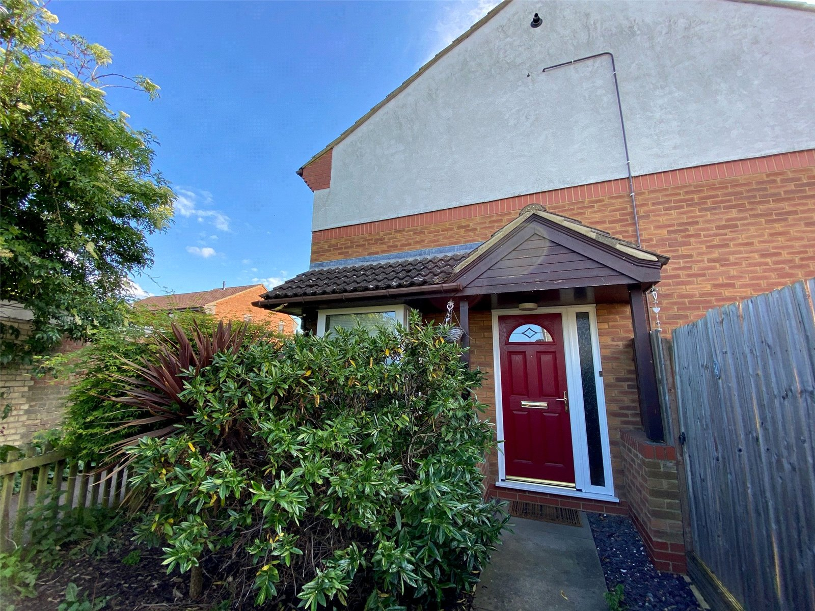 3 bed house for sale in Eayre Court, St Neots, PE19