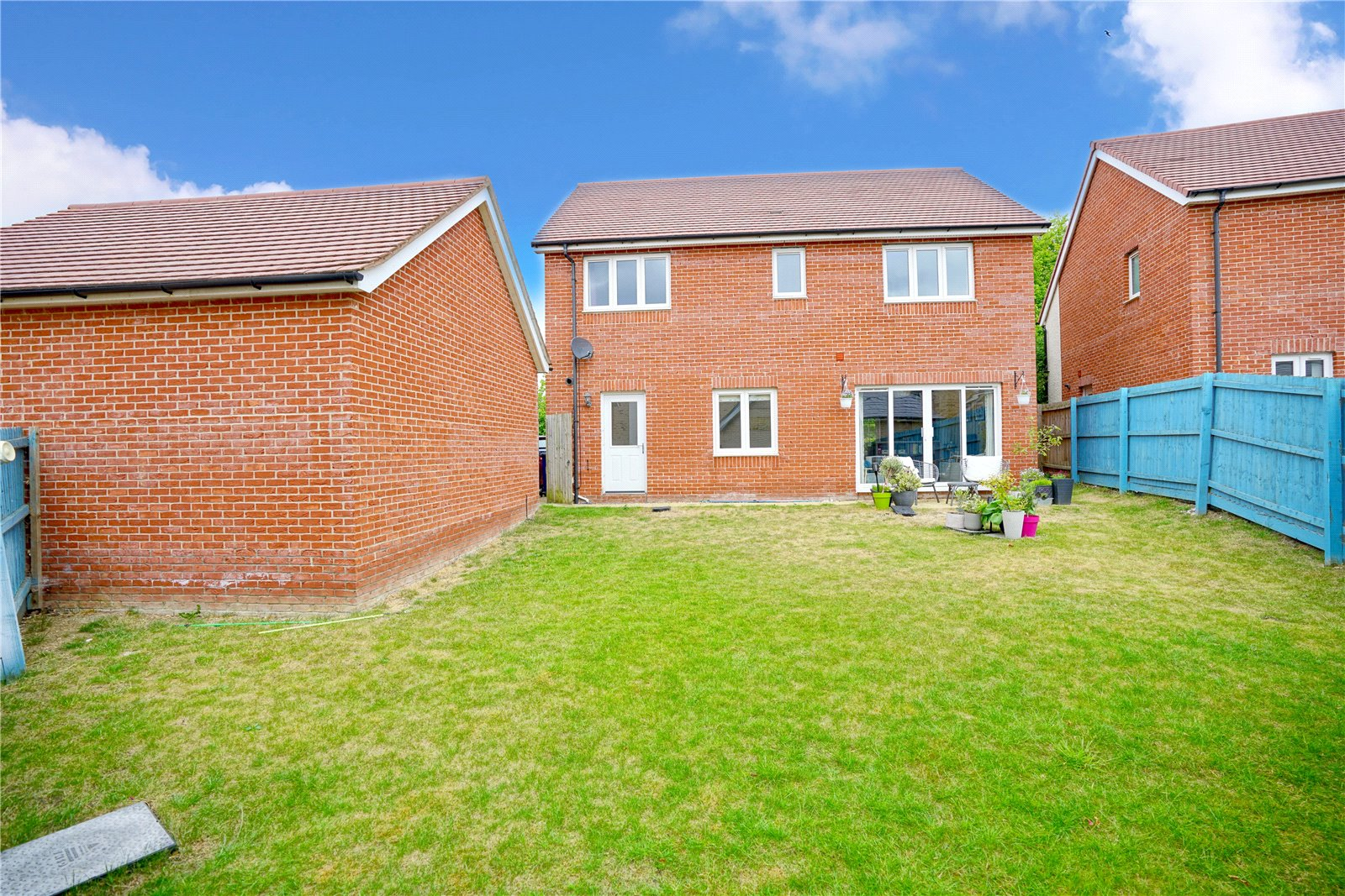 4 bed house for sale in Field Gate Close, St. Neots 13