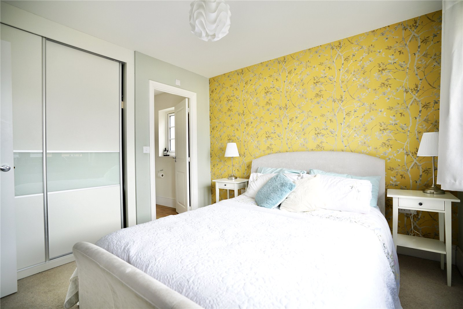 4 bed house for sale in Field Gate Close, St. Neots  - Property Image 8