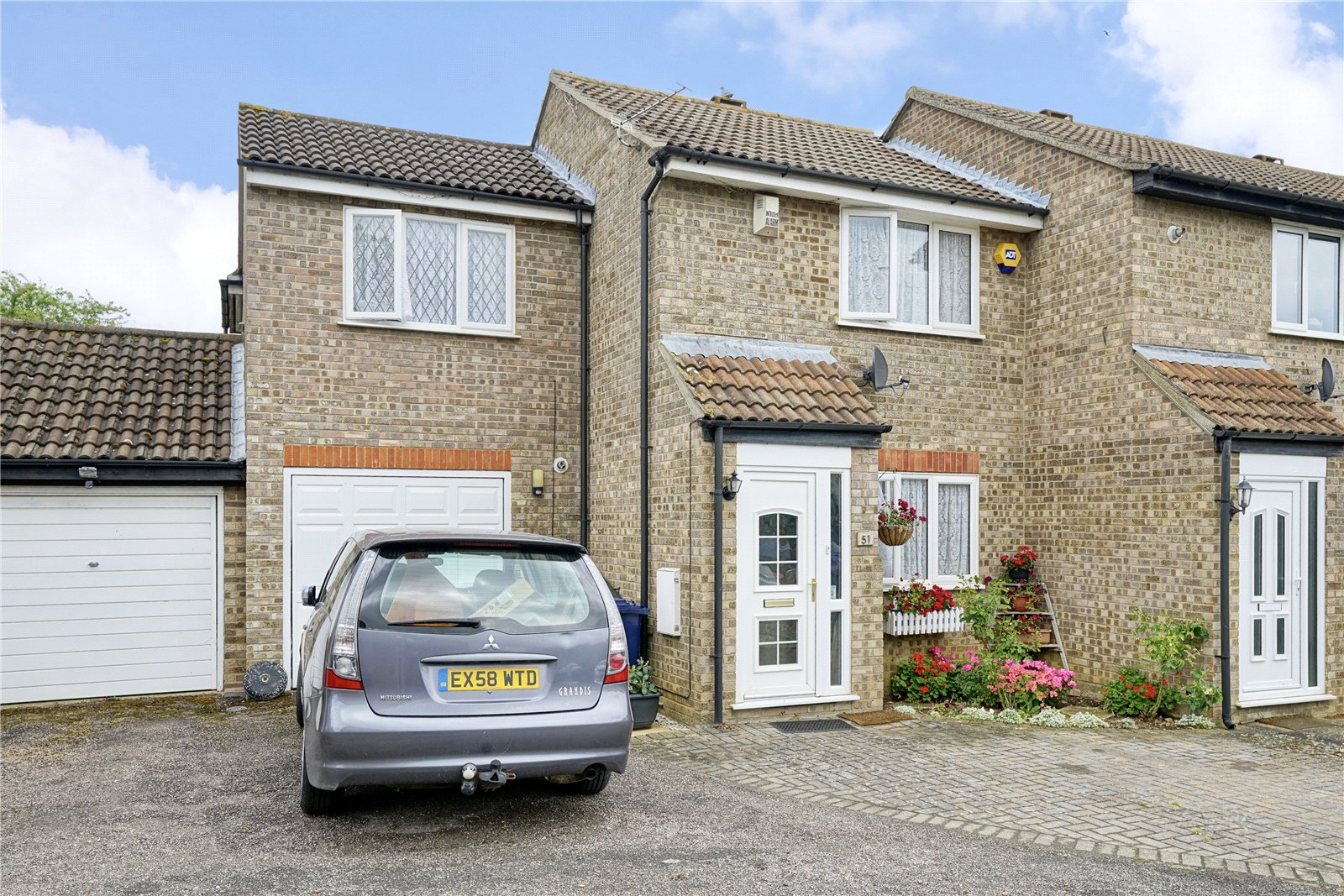 3 bed house for sale in Cunningham Way, Eaton Socon - Property Image 1