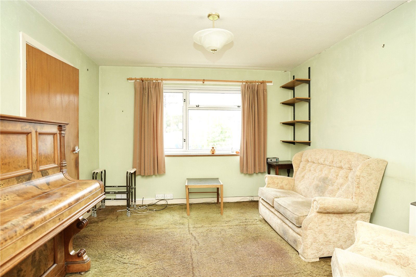 3 bed house for sale in Kenilworth Close, Eaton Socon  - Property Image 4
