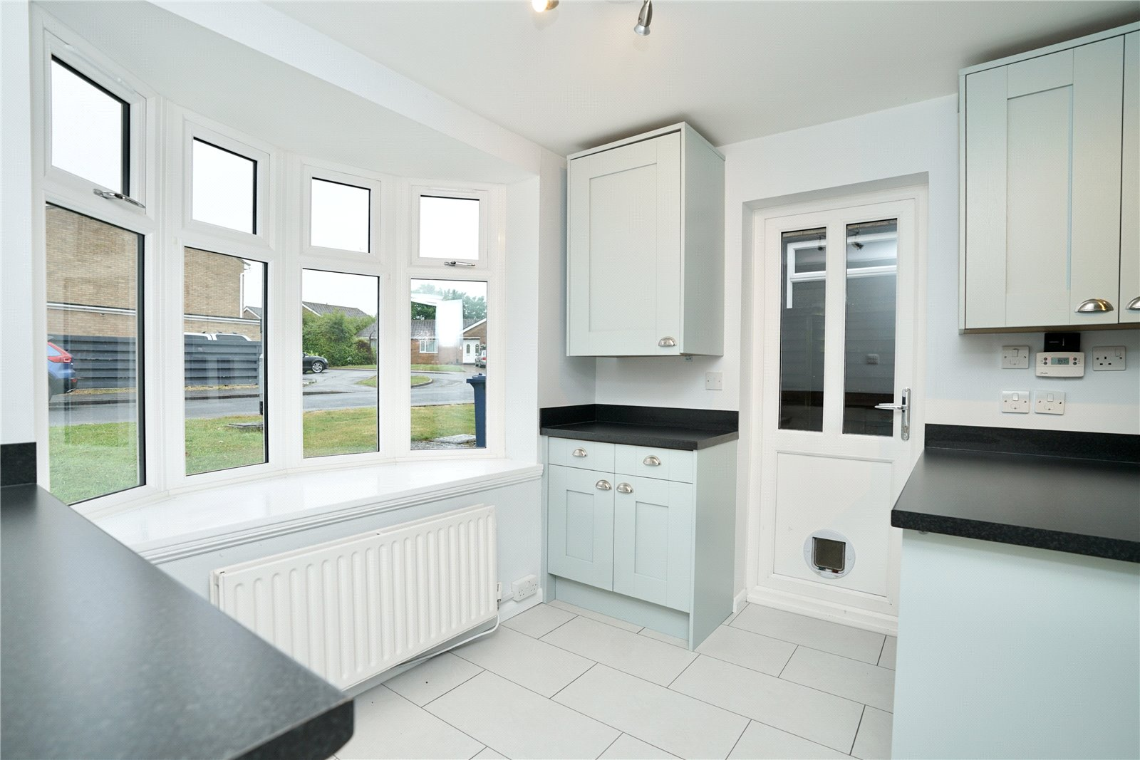 4 bed house for sale in Lakeside Close, Perry 2