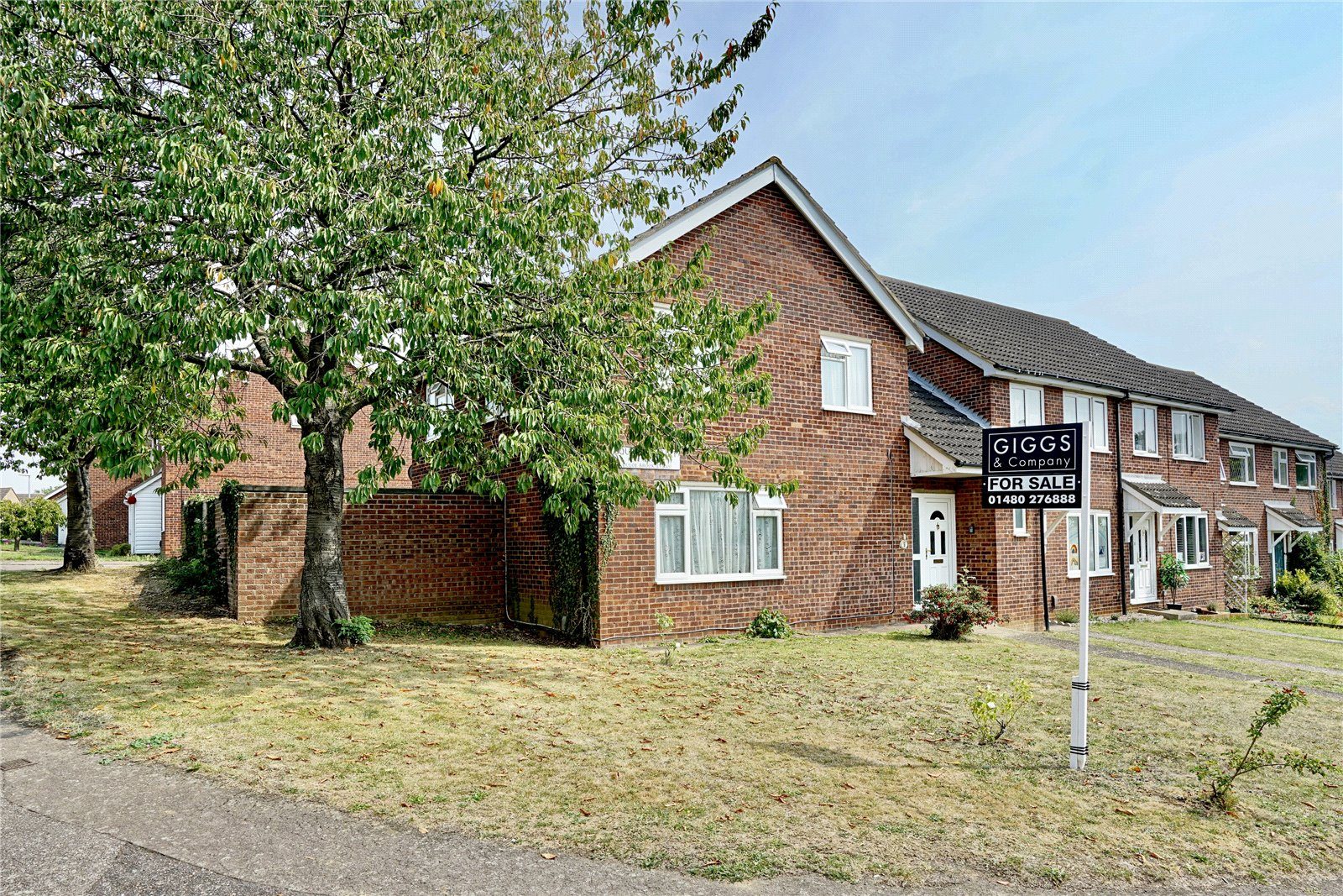 4 bed house for sale in Eaton Socon, Squires Court, PE19 8PB  - Property Image 1