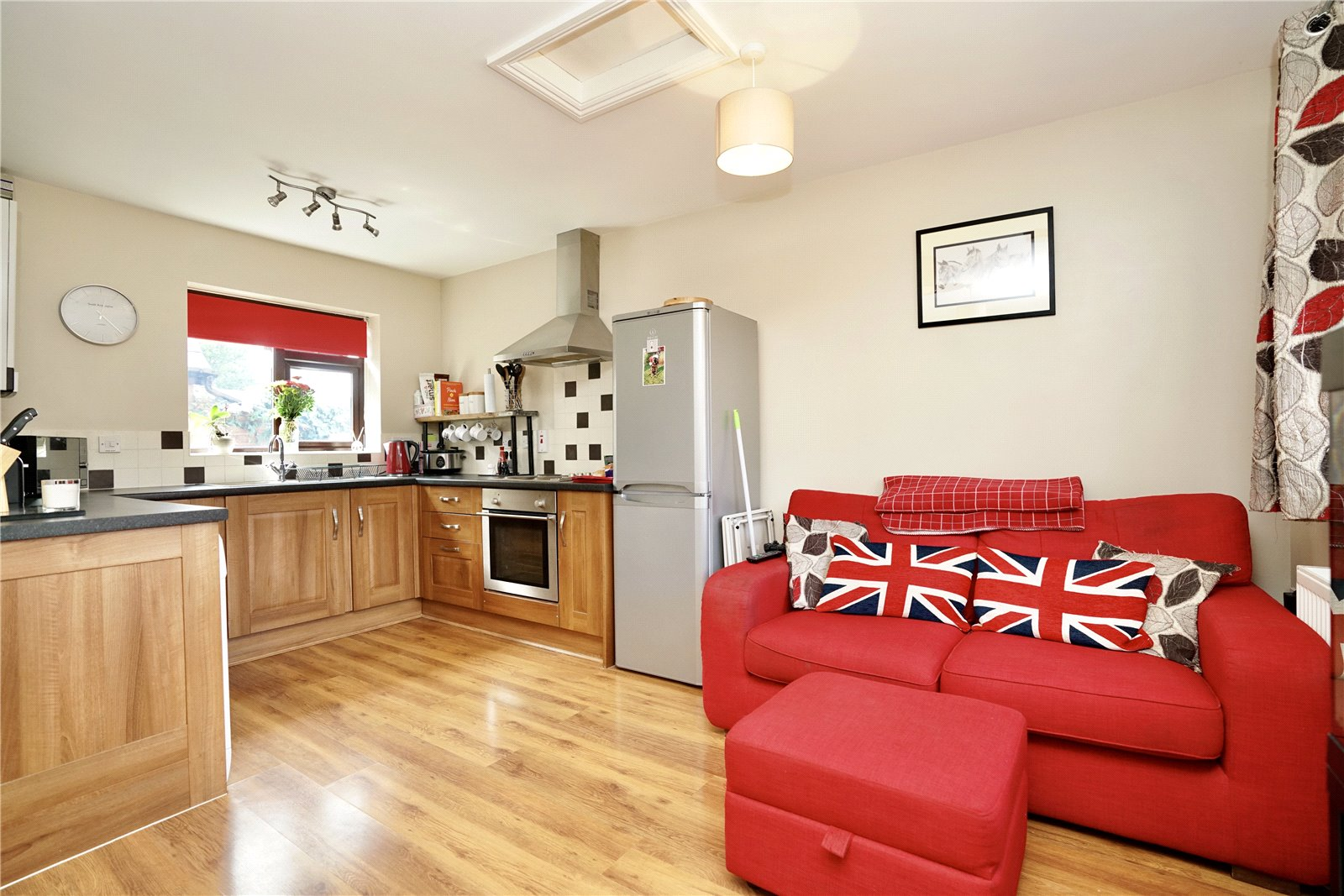 1 bed maisonette for sale in Mill Street, Innovent House, SG19 3JW - Property Image 1