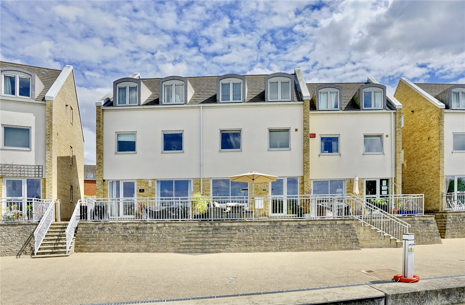 4 bed house for sale in Wren Walk, Eynesbury, PE19