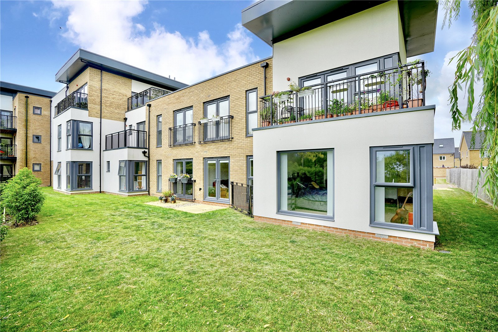 2 bed for sale in Mill Court, Papworth Everard, CB23