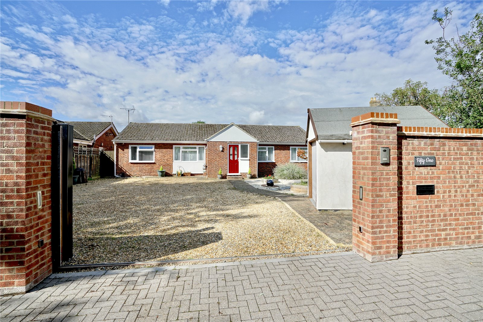 3 bed bungalow for sale in Ackerman Street, Eaton Socon  - Property Image 1
