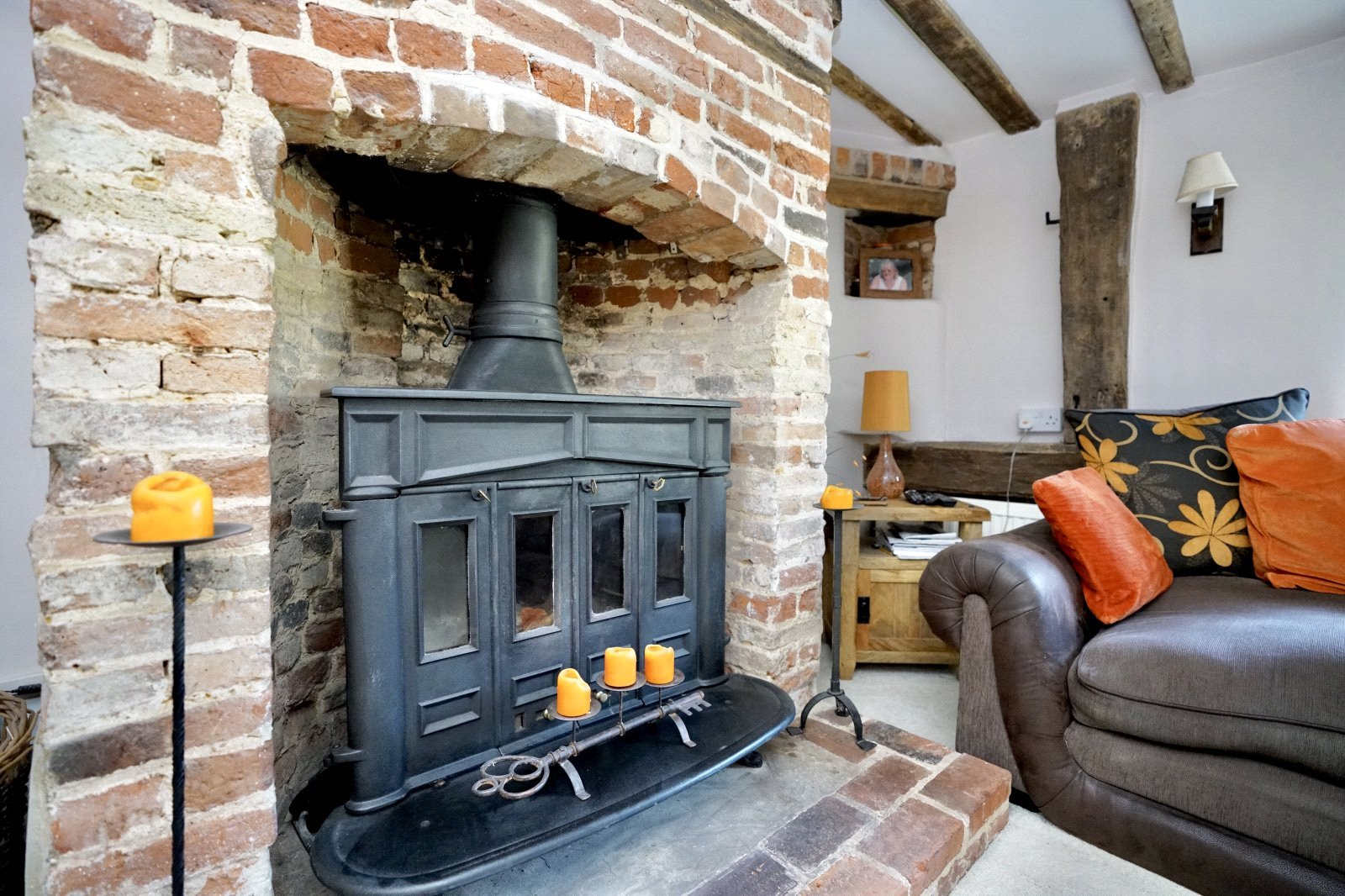 4 bed house for sale in High Street, Offord Cluny 5