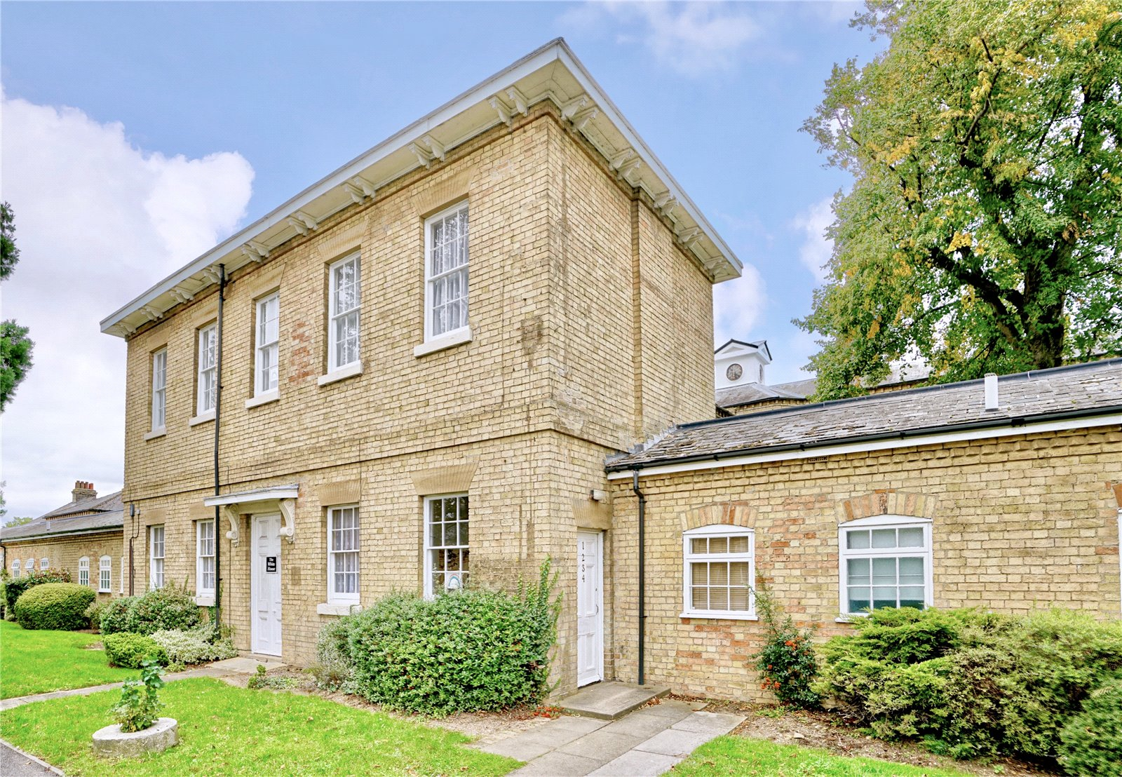 1 bed apartment for sale in St. Neots Road, The White House, PE19 7BE - Property Image 1