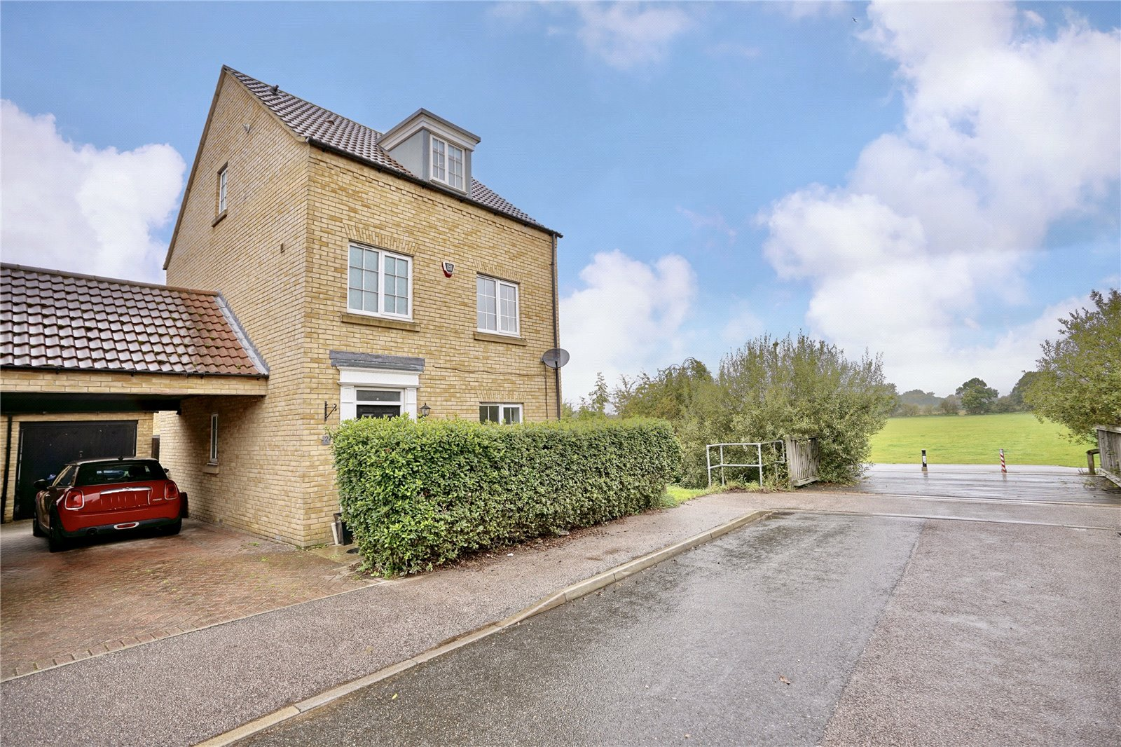 4 bed house for sale in Eynesbury, Flawn Way, PE19 2JT, PE19