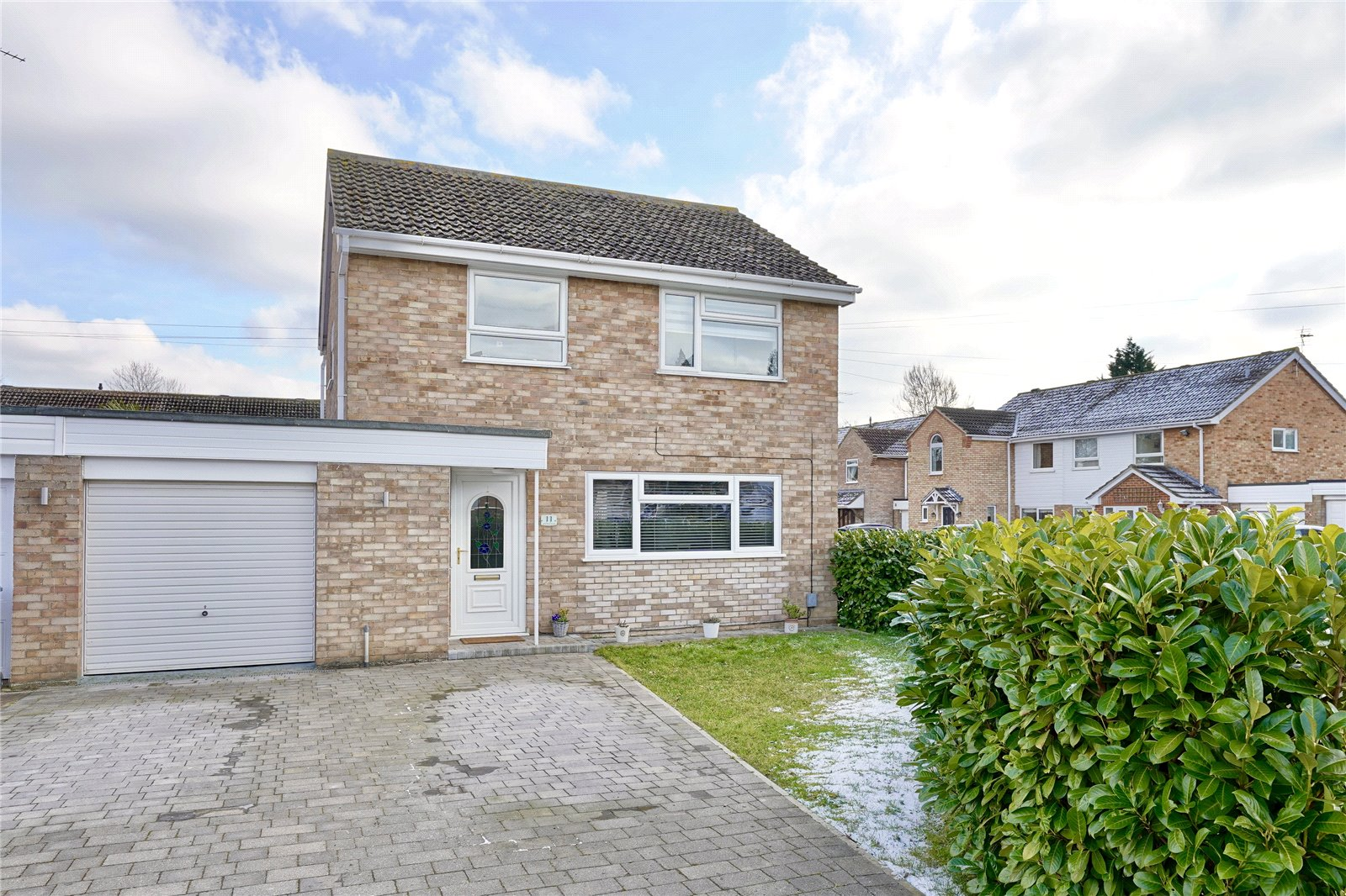 3 bed house for sale in Warwick Court, Eaton Socon  - Property Image 1