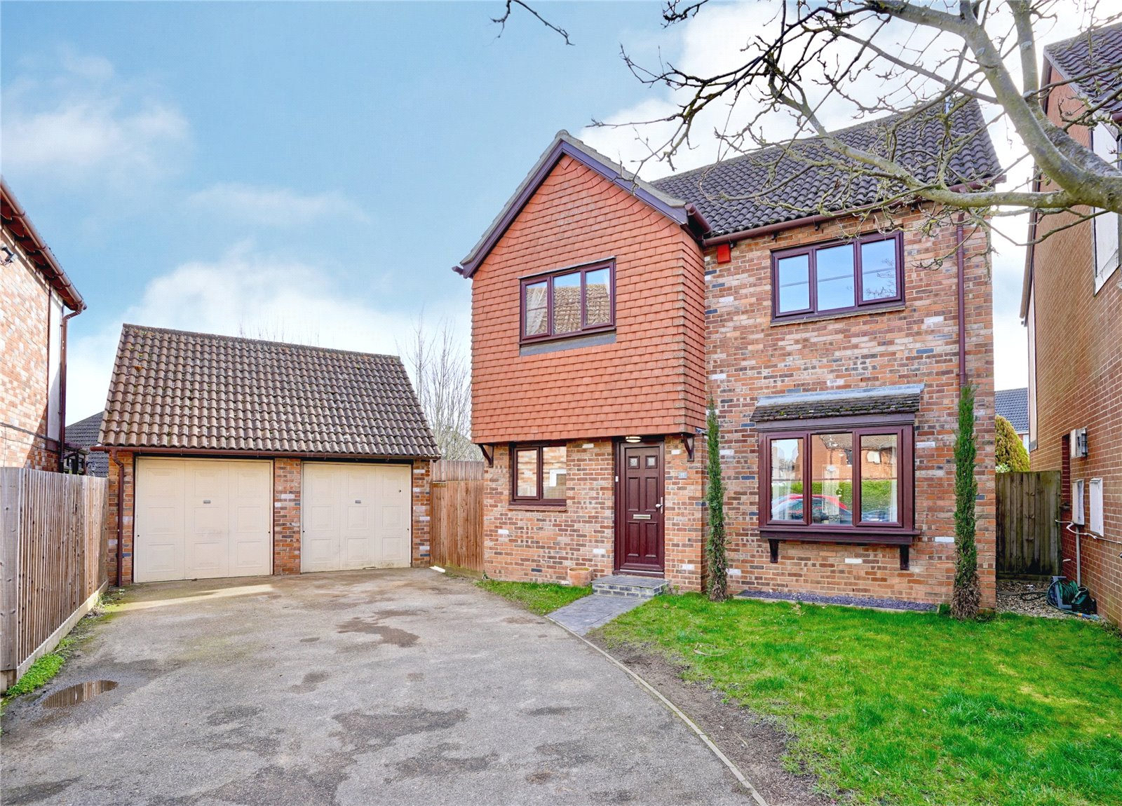 4 bed house for sale in Potton, Jennings Close, SG19 2SE - Property Image 1