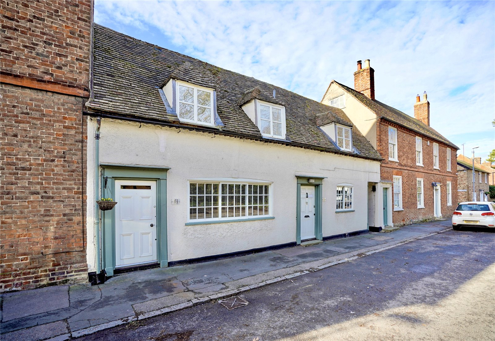 3 bed house for sale in Buckden, High Street, PE19 5TA  - Property Image 1