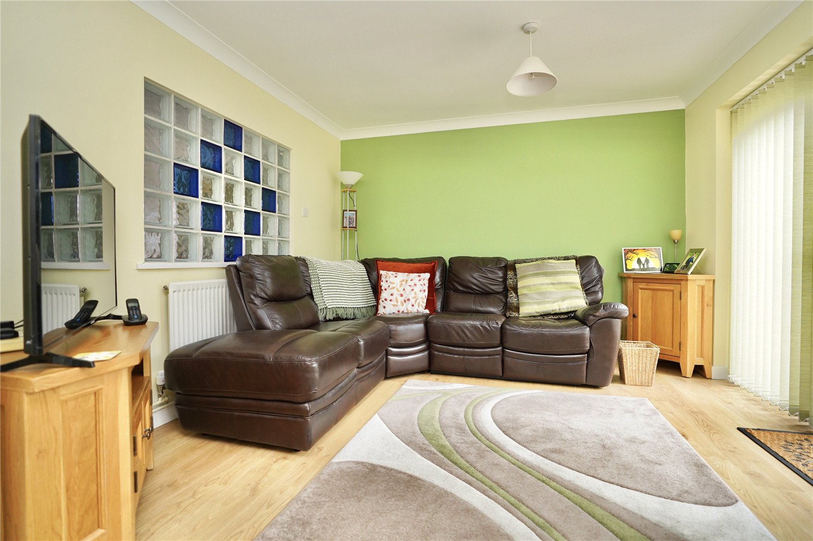 4 bed house for sale in Eaton Socon, PE19 8HU - Property Image 1