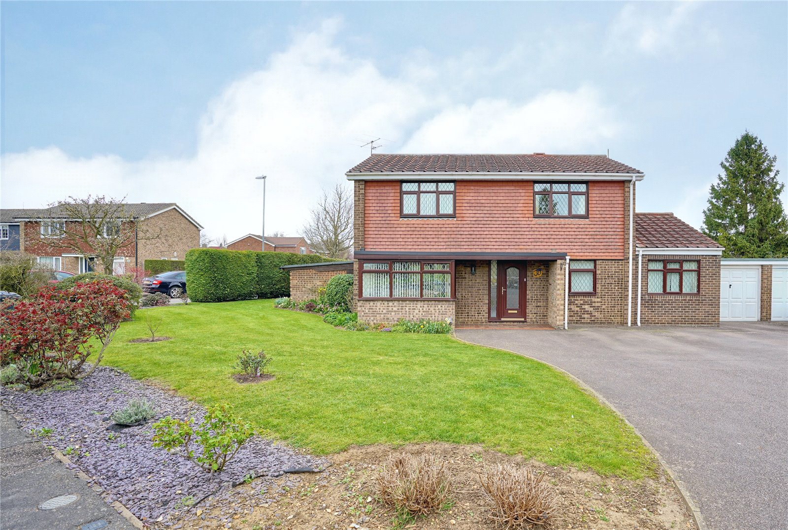 4 bed house for sale in Eaton Ford, PE19 7LE - Property Image 1