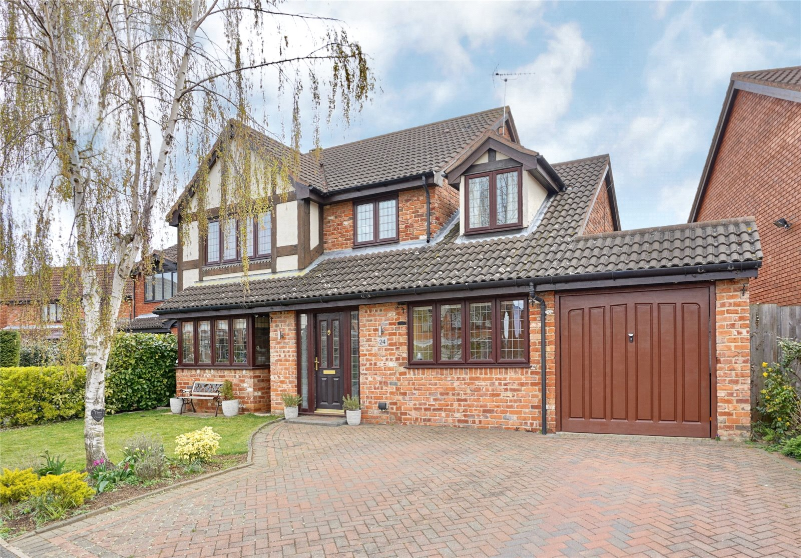 4 bed house for sale in Eaton Ford, Lottings Way, PE19 7QX - Property Image 1