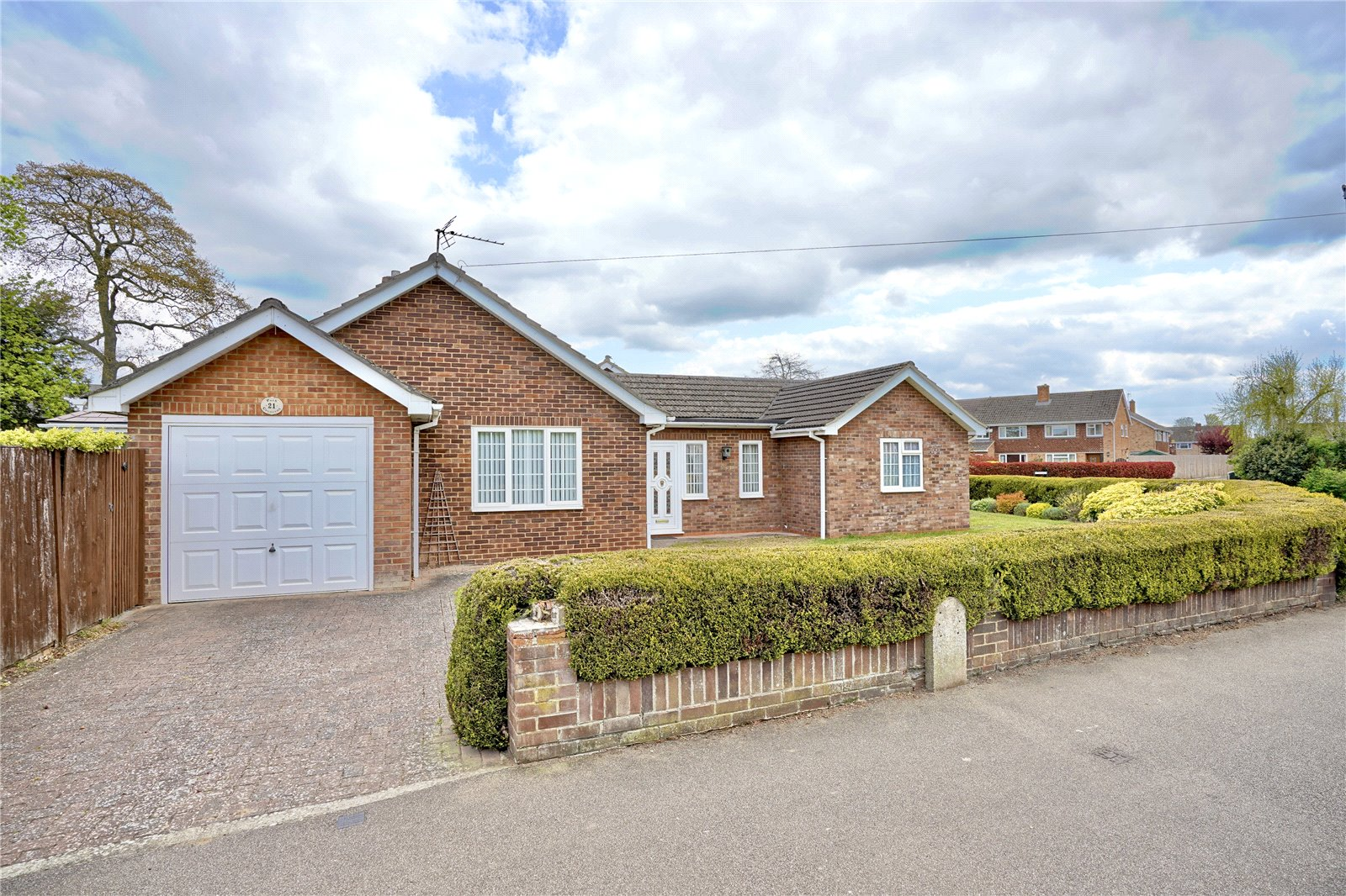 2 bed bungalow for sale in Little Paxton, PE19 6ER, PE19