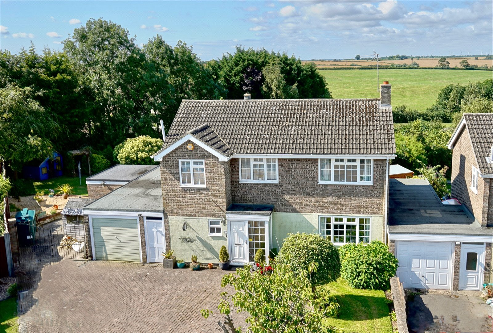 4 bed house for sale in Yeomans Close, Catworth, PE28