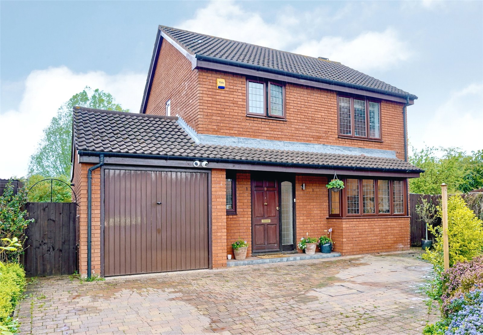 3 bed house for sale in Osier Court, Eaton Ford - Property Image 1