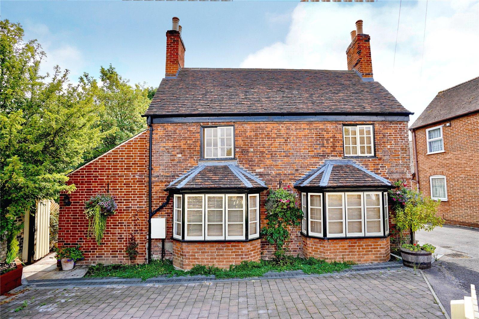 3 bed house for sale in St Marys Street, Eynesbury, PE19