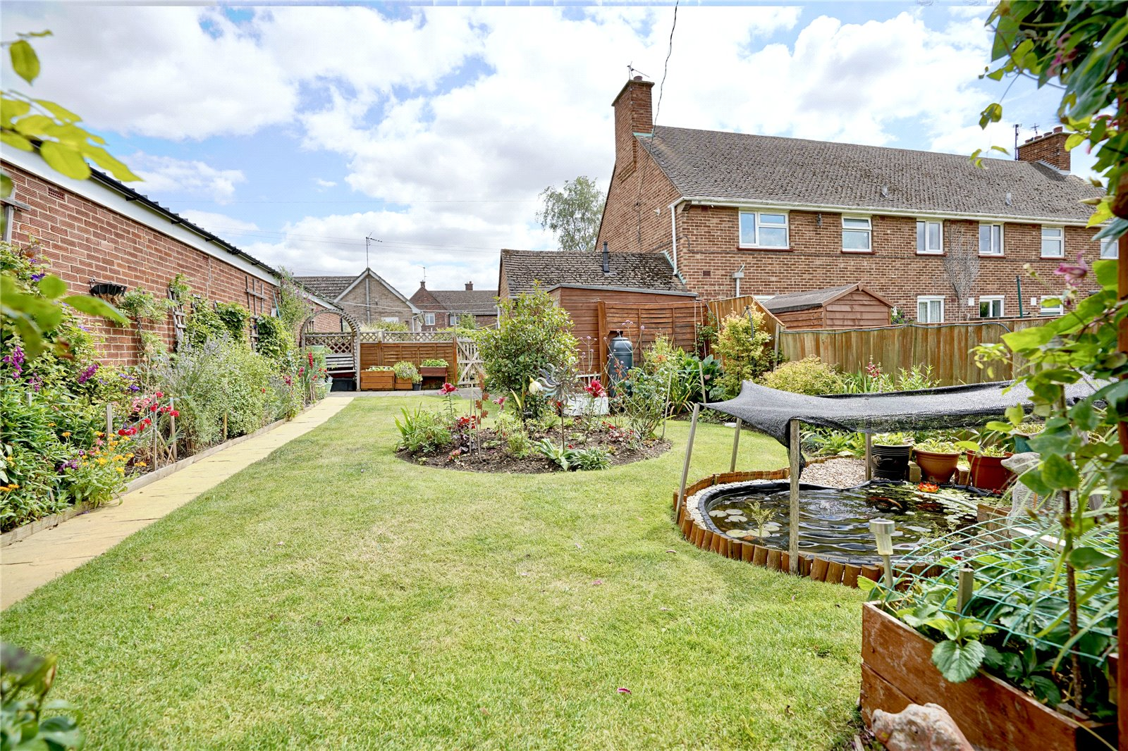 2 bed maisonette for sale in Brookside, Great Paxton - Property Image 1