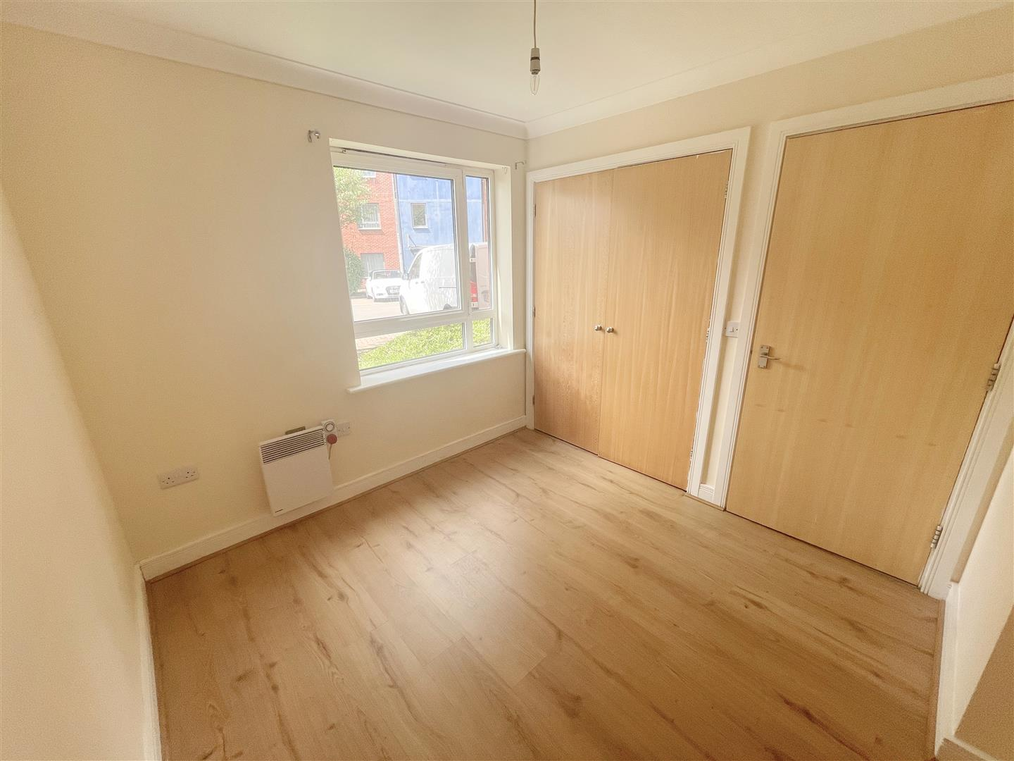 1 bed flat to rent in Harkness Court, Cleeve Way 5