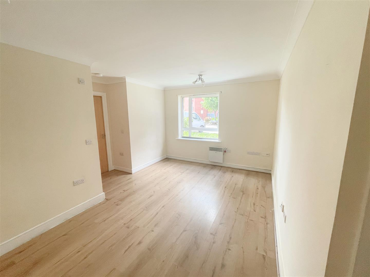 1 bed flat to rent in Harkness Court, Cleeve Way 1