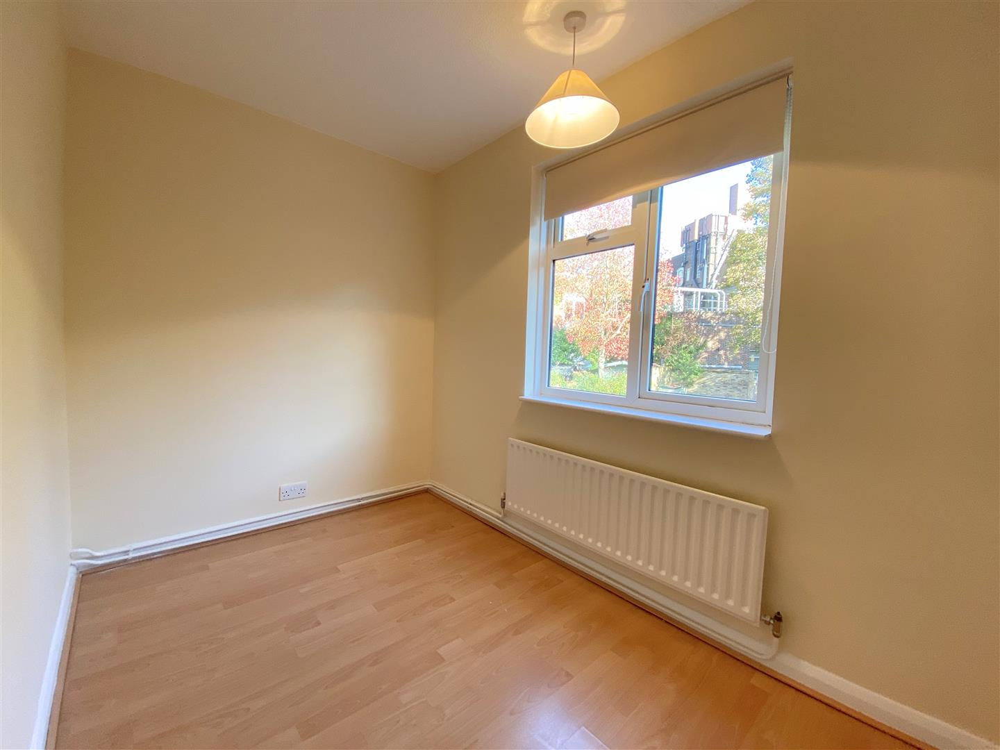 3 bed semi-detached house to rent in Kingston Road, Ewell  - Property Image 12