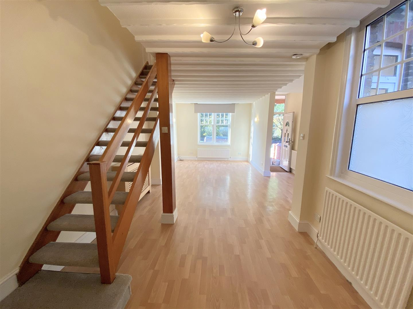 3 bed semi-detached house to rent in Kingston Road, Ewell 5