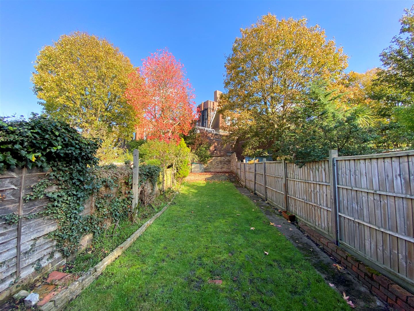 3 bed semi-detached house to rent in Kingston Road, Ewell  - Property Image 17