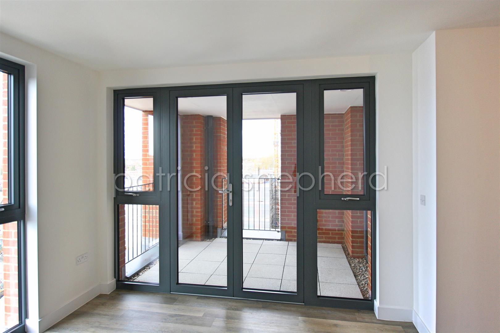 1 bed flat to rent in Tavernelle House, 289 High Street  - Property Image 2