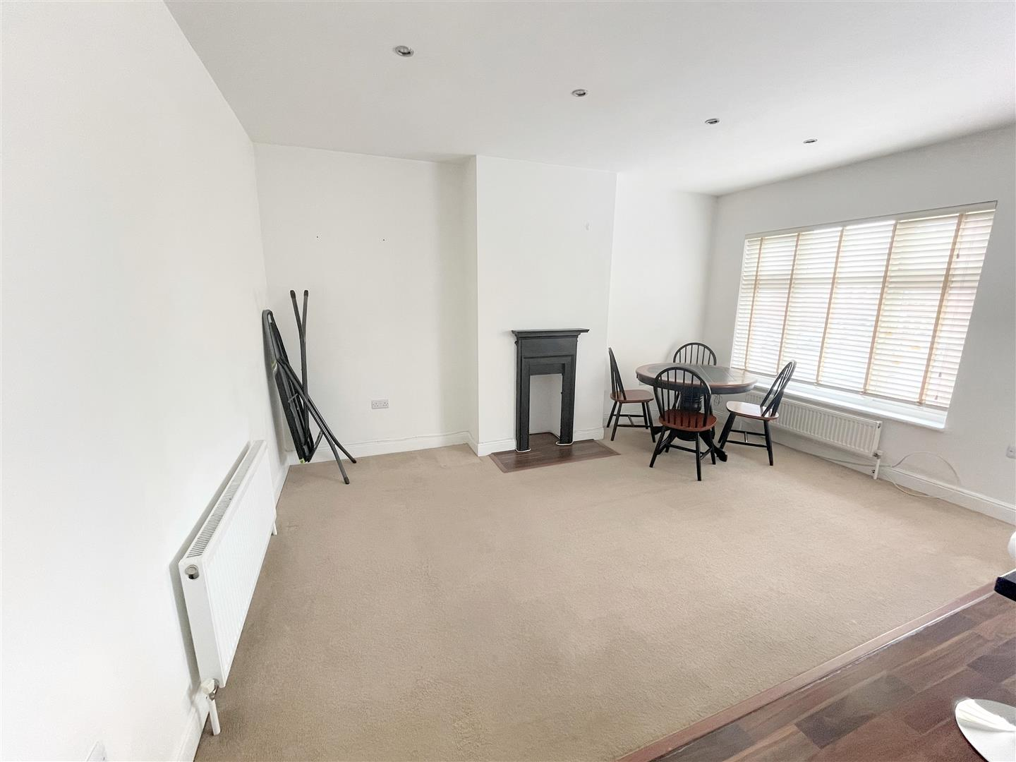 1 bed flat to rent in Upper Mulgrave Road, Cheam 5