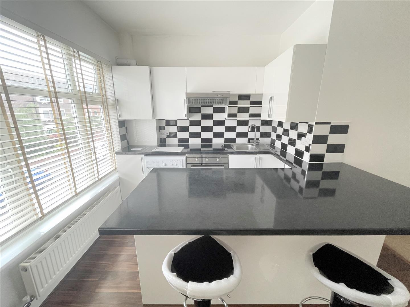1 bed flat to rent in Upper Mulgrave Road, Cheam 7