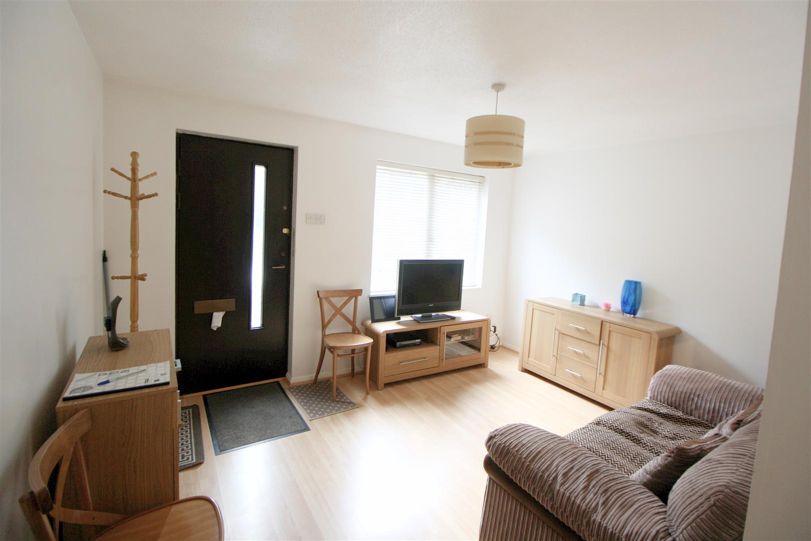 1 bed maisonette to rent in Turnpike Lane, Sutton 7