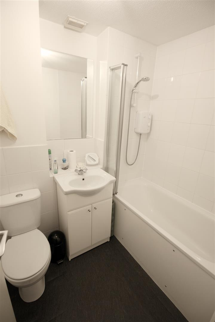1 bed maisonette to rent in Turnpike Lane, Sutton 1