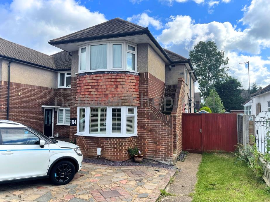 3 bed maisonette to rent in Amis Avenue, West Ewell, KT19