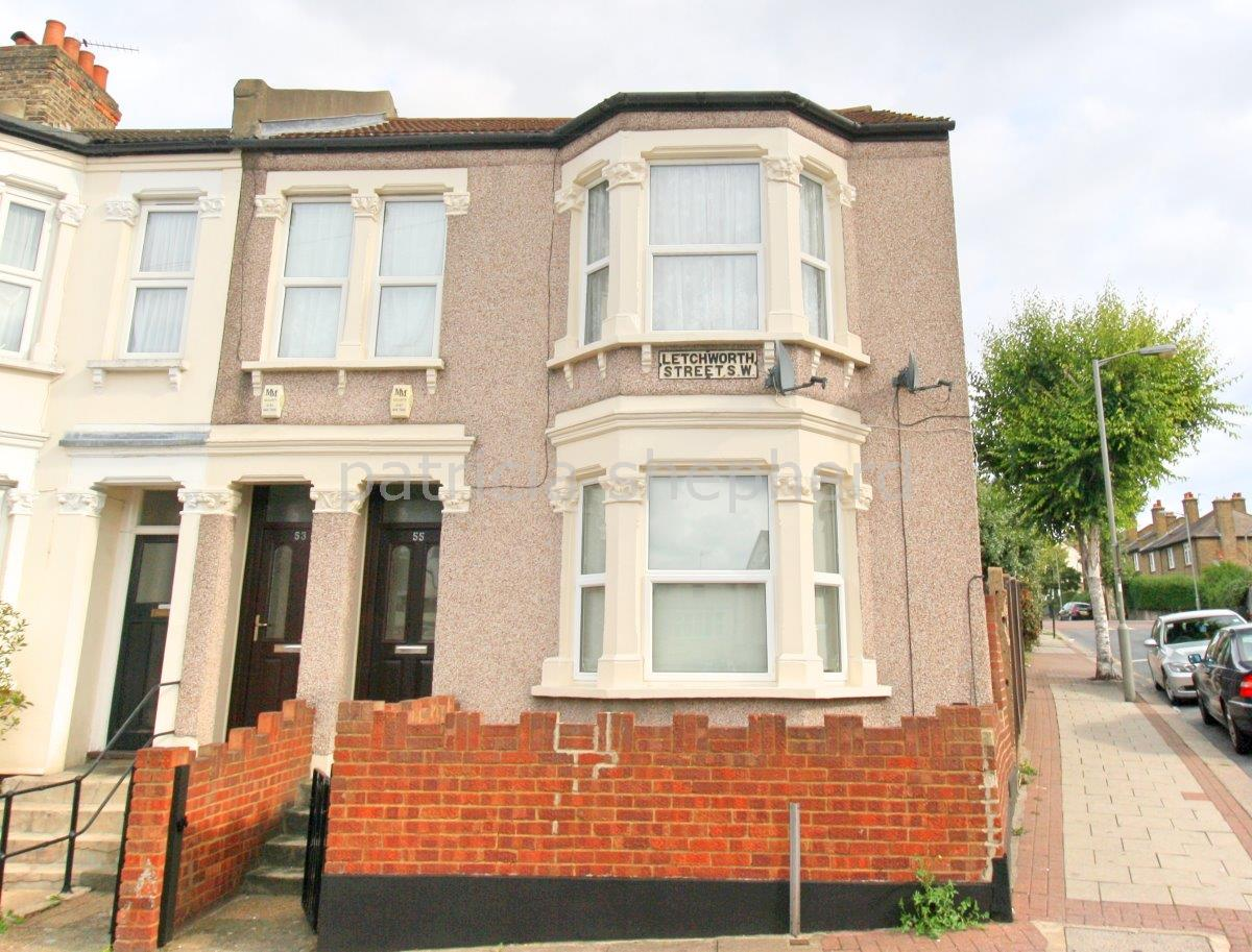 2 bed maisonette to rent in Letchworth Street, Tooting, SW17